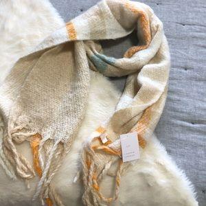 NWT Lauren Conrad plaid blanket scarf with tassels